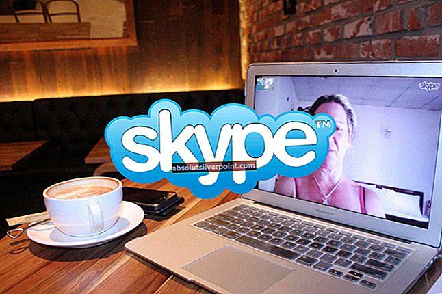 Popravek: Skype obtičal pri prijavi